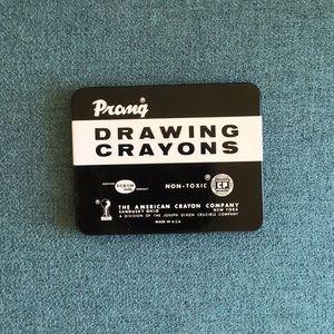 Vintage tin the American crayon company